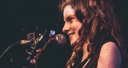 Róísín Seoighe - Irish music artist